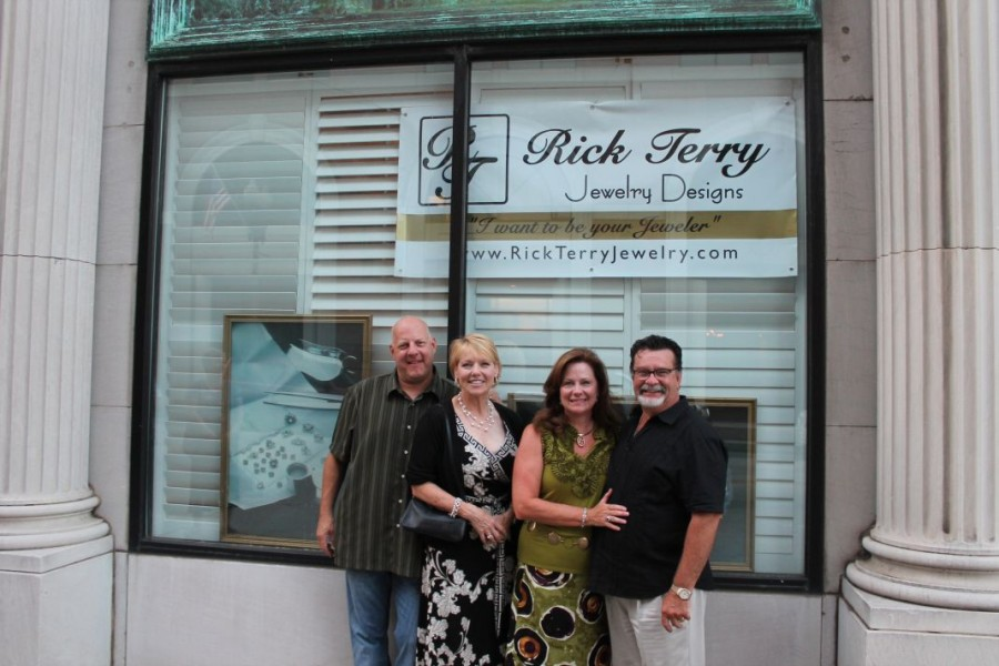 Jewelry Store Coming to Gay Street in Downtown Knoxville . . . and more First Friday Fun Facts