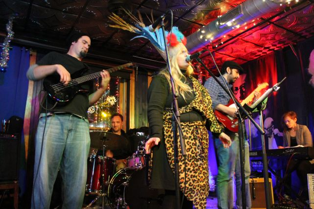 """Sonja Spell sings """"The End of the World,"""" End of the World Party, Preservation Pub, Jack Rentfro and the Apocalypso Quartet,"""