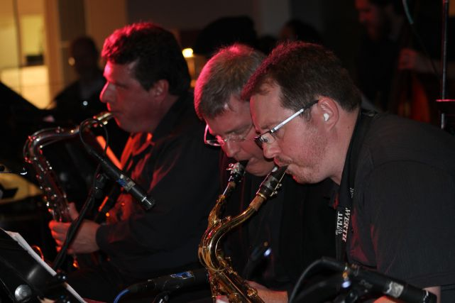 Final Christmas Post for 2012: RB Morris and the Streamliners