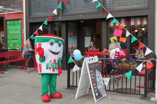 Making Knoxville Better: Dale's Fried Pies and Rita's Ice