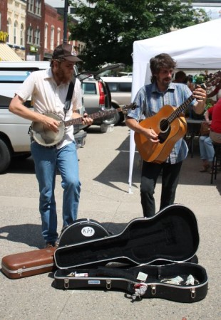 Buskers at the Farmers' Market, Market Square, Knoxville, Spring 2013