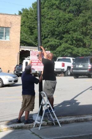 Parking Sign gets added after major complaints, Knoxville, Summer 2013