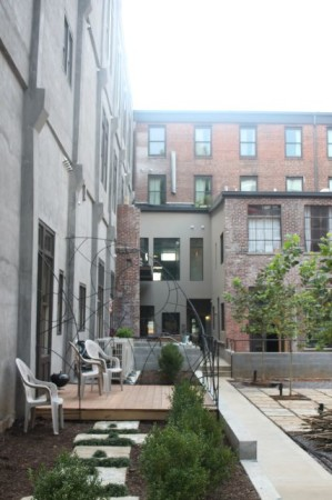 Courtyard of the Armature Building, Jackson Avenue, Knoxville, September 2013