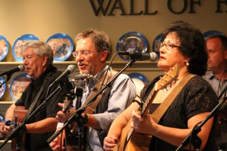 Tom Beehan, Steve Reddick and Mary Tuscan of the Ridge City Ramblers, WDVX Blue Plate Special, Knoxville Visitor's Center, September 2013
