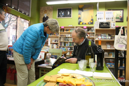 Jack Neely Signs Knoxville: Green by Nature at Union Avenue Books