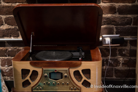 Margaret's Grandfather's Very Awesome Turntable, Bootleg Betty, 122 South Gay Street, Knoxville, July 2014