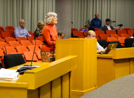 Caroline Cooley Addresses the Knoxville City Council to Advocate for a Complete Street Policy