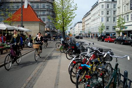 A complete street in Copenhagen. (Photo: Matthew Blackett via Flickr)