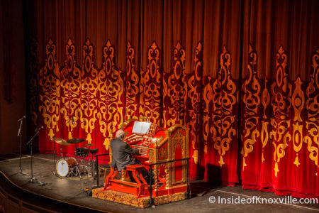 Bill Snyder playing the mighty Wurlitzer at the Tennessee Theatre, January 2015