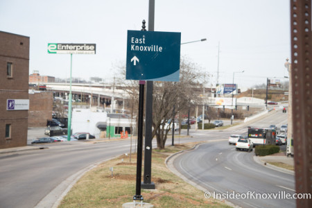 Directional sign toward East Knoxville in the Summit Hill median.