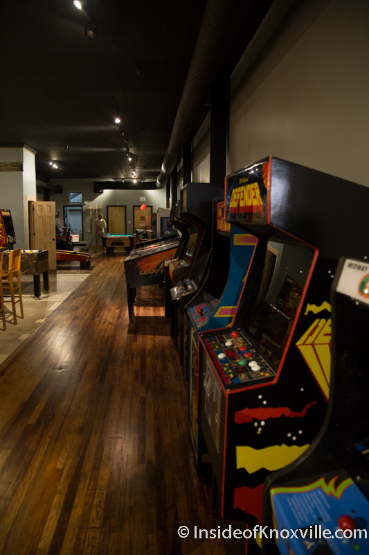 Harrogate's Lounge, Downtown's Arcade and Bar, Opens on Gay Street