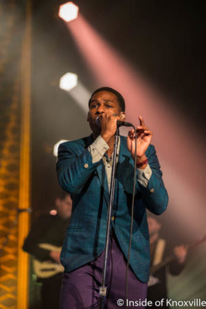 Leon Bridges, Tennessee Theatre, Knoxville, October 2016