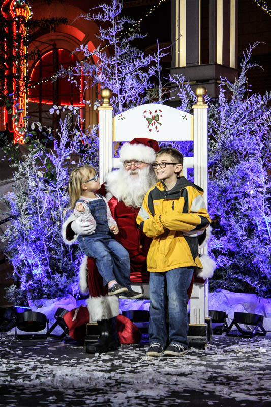 Christmas in the City Kicks off with Large Crowds